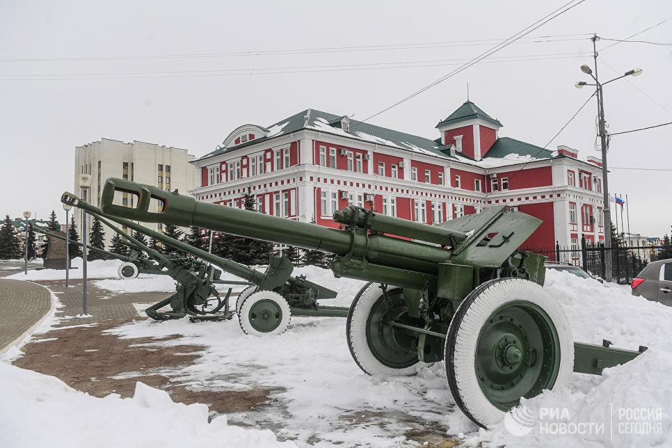 Военная техника на площади Победы в Саранске