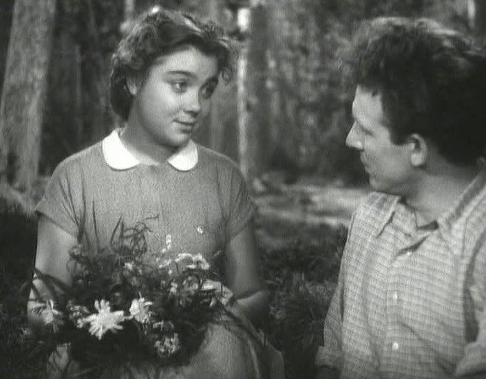 Кадр из фильма Рядом с нами