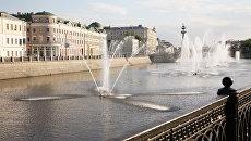 Москва. Водоотводный канал. Вид на Кадашевскую набережную
