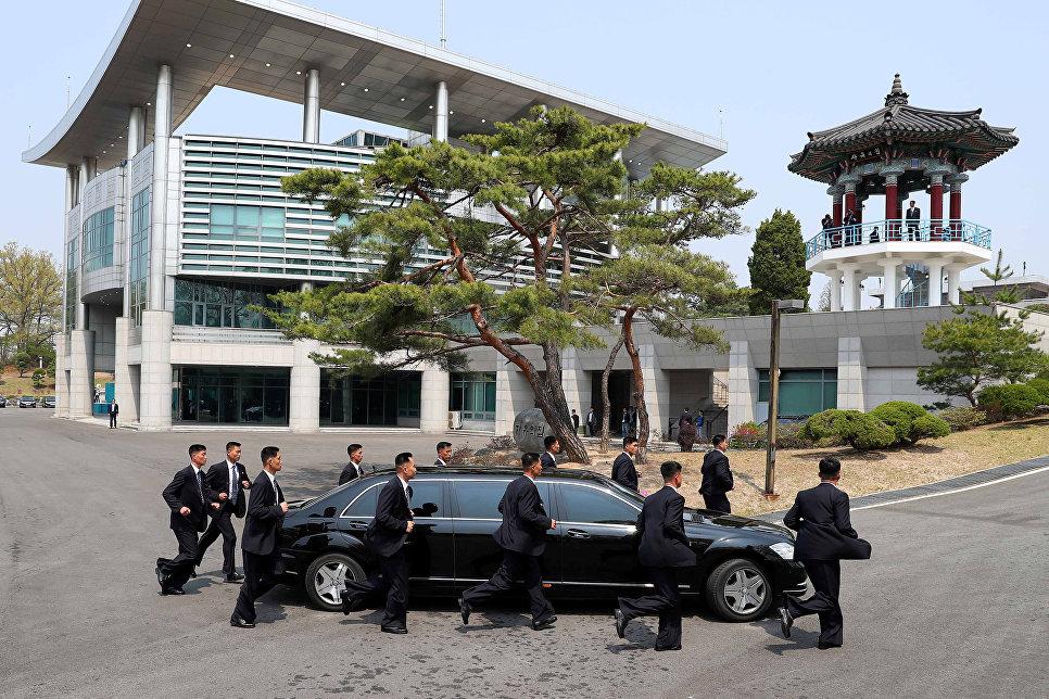 Автомобиль лидера Северной Кореи Ким Чен Ына