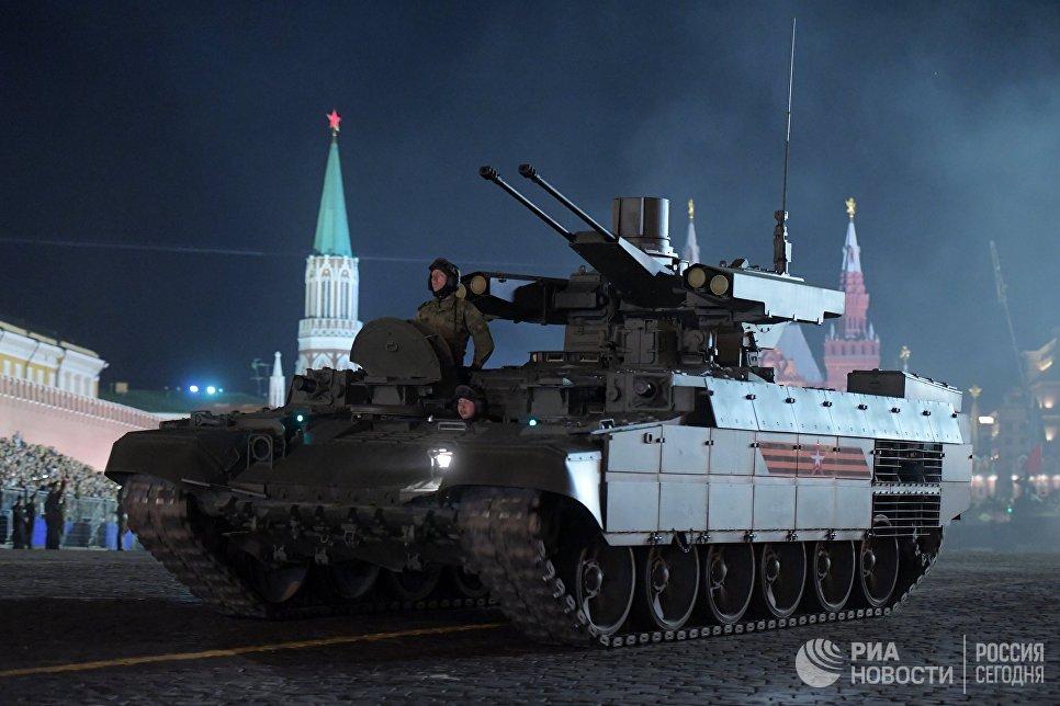 Боевая машина поддержки танков Терминатор на репетиции военного парада на Красной площади, посвященного 73-й годовщине Победы в Великой Отечественной войне