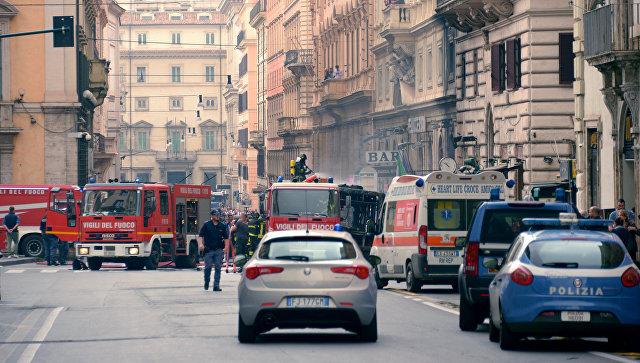 СМИ докладывают овзрыве автобуса вцентре Рима