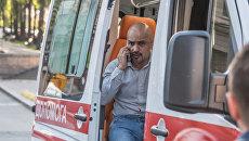 Мустафа Найем в автомобиле скорой помощи