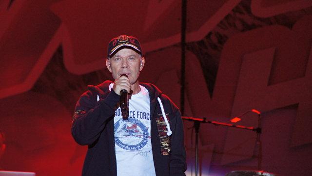 Нафталиновый солист Маршал хвастается, что будет воевать против Украины наДонбассе