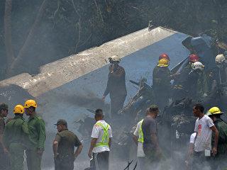 На месте крушения самолета Boeing 737 авиакомпании Cubana de Aviacion в Гаване, Куба. 18 мая 2018