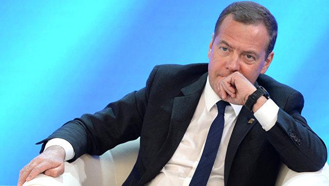 Медведев назначил двух замруководителя аппарата правительства России