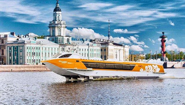 Речное судно на подводных крыльях Валдай 45Р