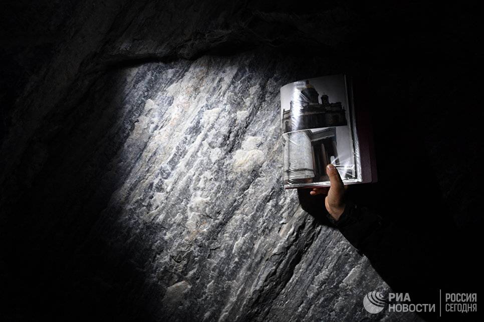 Мрамор в подземном парке Рускеала