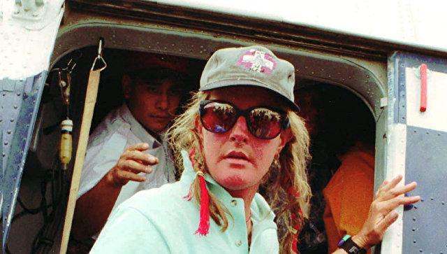 Выжившая втрагедии 1996 года наЭвересте погибла, упав слестницы