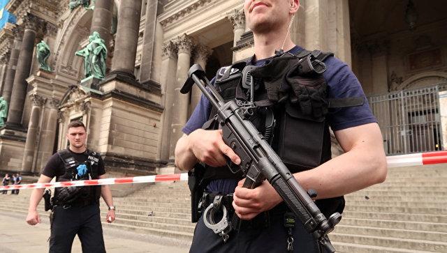 Вкафедральном соборе Берлина полицейский выстрелил вдебошира