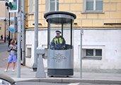 Новый пост ГАИ на Моховой улице в Москве