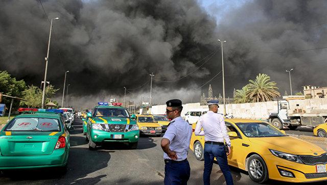 Пожар на складе, на котором хранятся бюллетени для голосования на прошедших в стране парламентских выборах в Багдаде. 10 июня 2018