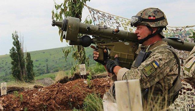 Военнослужащий армии Украины с ПЗРК Игла