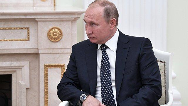 Путин поручил реорганизовать управление по внутренней политике
