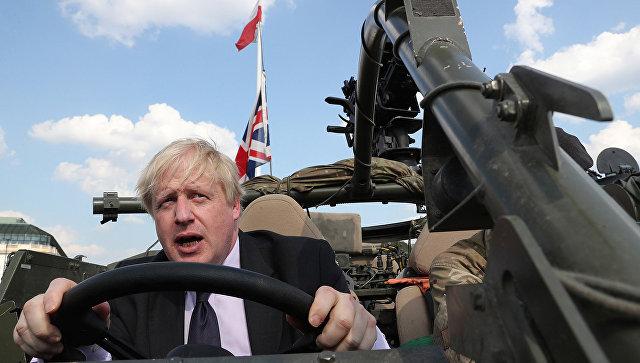 Министр иностранных дел Великобритании Борис Джонсон во время визита в польский Ожиш. 21 июня 2018