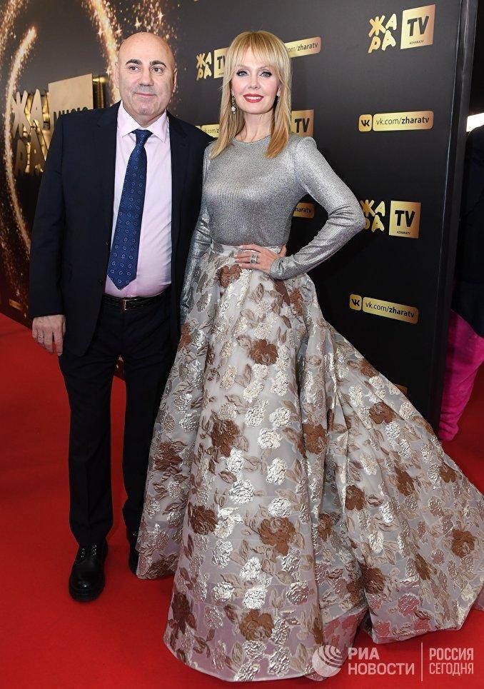 Певица Валерия и продюсер Иосиф Пригожин на церемонии награждения музыкальной премии Жара Music Awards в концертном зале Крокус Сити Холл
