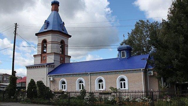Свято-Введенский храм города Еманжелинска Троицкой епархии Челябинской области. Архивное фото