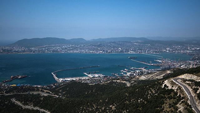 Новороссийский морской торговый порт на Черном море. Архивное фото