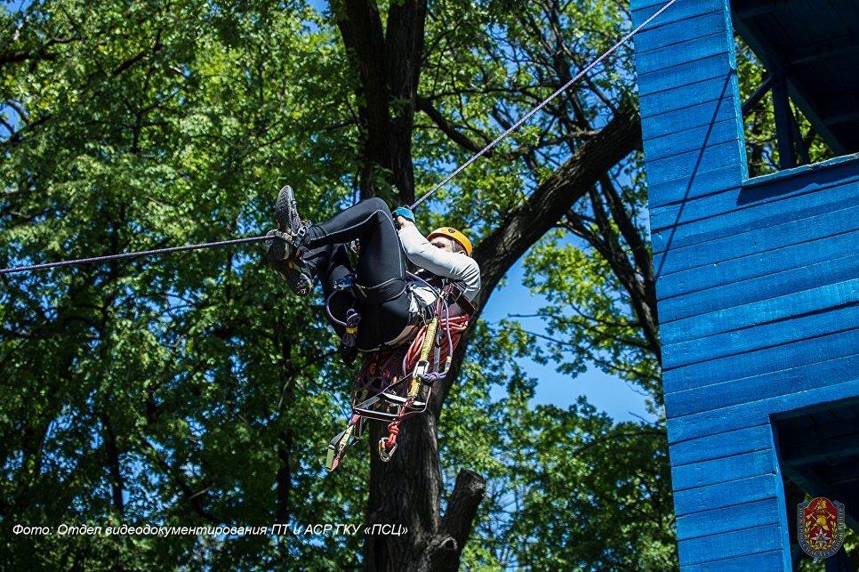 Сдача нормативов по альпинизму для спасателей на конкурсе Московские мастера