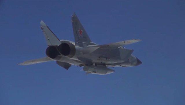 Пуск гиперзвуковой ракеты Кинжал с самолета МиГ-31