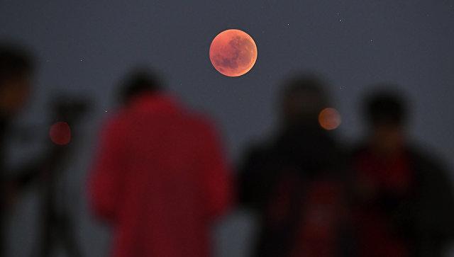Энтузиасты выразили готовность искать следы американцев на Луне