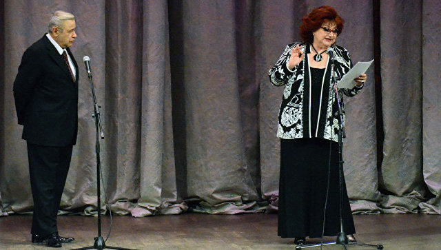 Суд отложил на 13 августа процесс по разводу между Петросяном и Степаненко