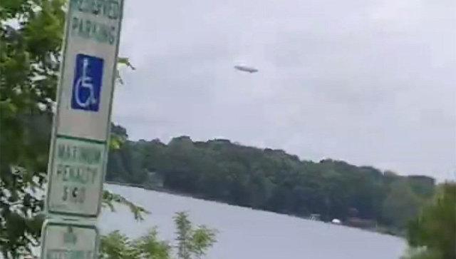 Необычный летающий объект на видео Джейсона Свинга