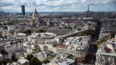 Париж с высоты причьего полета. Архивное фото
