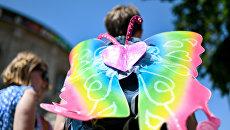 Участник гей-парада. Архивное фото