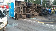 ДТП с участием автомобиля BMW и автобуса ПАЗ на юго-востоке Петербурга. 9 сентября 2018