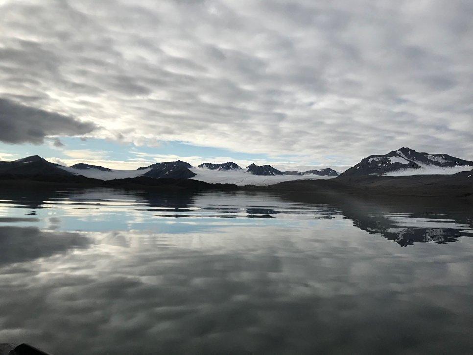 На подходе к ледникам Восточный и Западный Гренфьорды на Шпицбергене