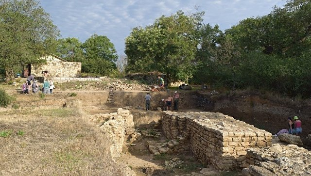 Раскопки на месте древнего города Тиритака