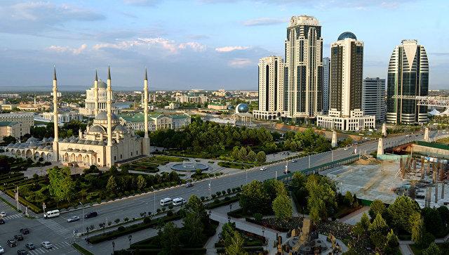 Вид на город Грозный. Архивное фото