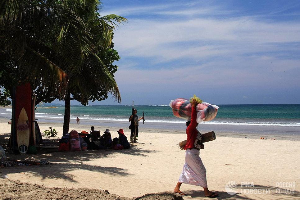 Пляж Кута на острове Бали.