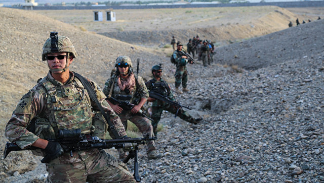 Военнослужащие армии США во время учений в Афганистане. Архивное фото