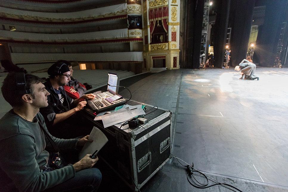 Репетиция спектакля в Санкт-Петербургском государственном академическом театре балета Бориса Эйфмана