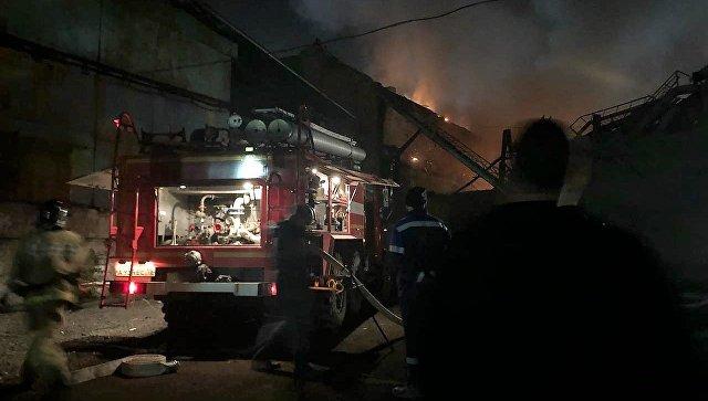 Во Владикавказе при тушении завода погиб пожарный