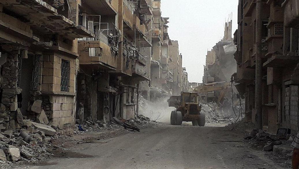 Разрушенные здания в Дейр-эз-Зоре. Архивное фото