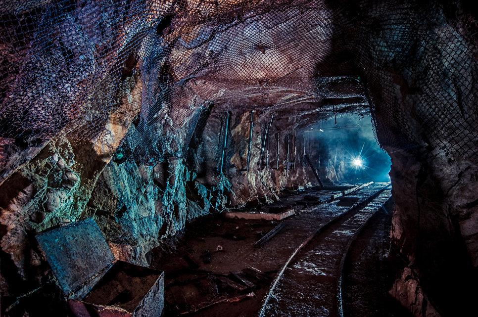 Россия, Кавказ. Гора Бештау. 10-я штольня бывшего рудника по добыче урановой руды.