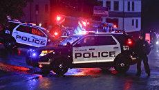 Полиция возле синагоги в американском городе Питтсбург, где произошла стрельба. 27 октября 2018