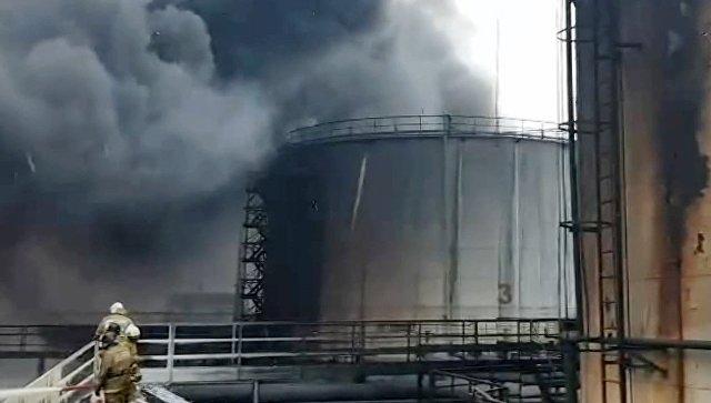 В Югре приостановили поиски мужчины, пропавшего после пожара на нефтебазе