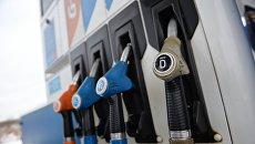 Продажа дизельного топлива. Архивное фото