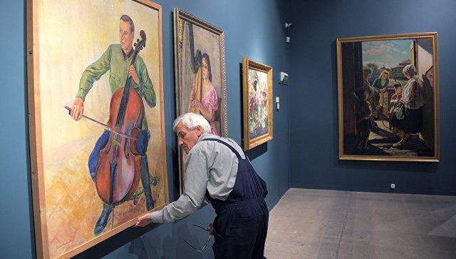 """Путин назвал выставку """"Сокровища музеев России"""" замечательным проектом"""