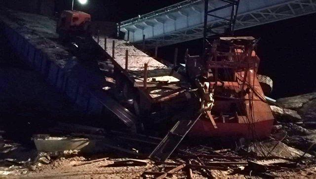 Обрушение моста в Югре произошло при демонтаже старых конструкций