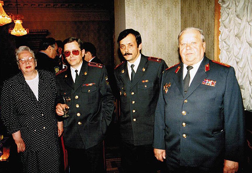 Черный полковник Арапов. История легендарной династии оперативников