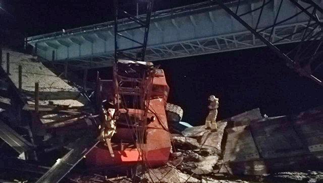 Названа причина обрушения моста в Югре