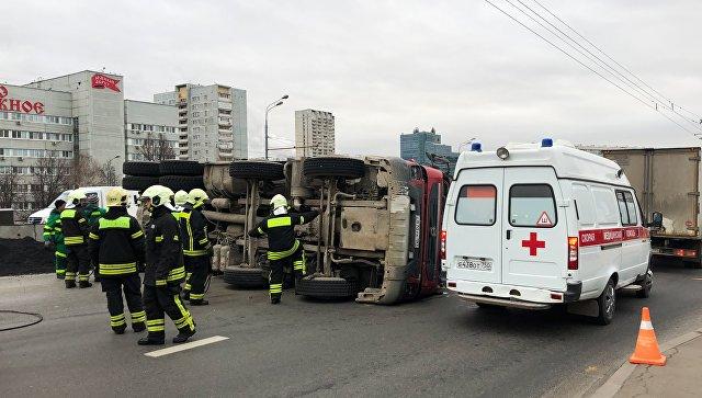 На Варшавском шоссе в Москве восстановили движение после ДТП