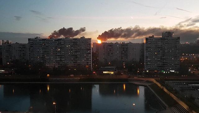Скриншот видео пожара на Московском нефтеперерабатывающем заводе в Капотне