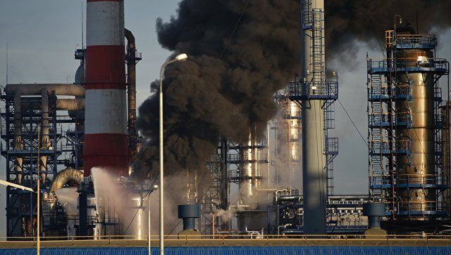 Собянин взял наконтроль ситуацию спожаром наНПЗ в столицеРФ