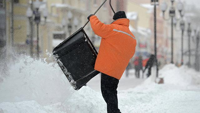 В Сибири непогода привела к массовым отключениям света в шести регионах